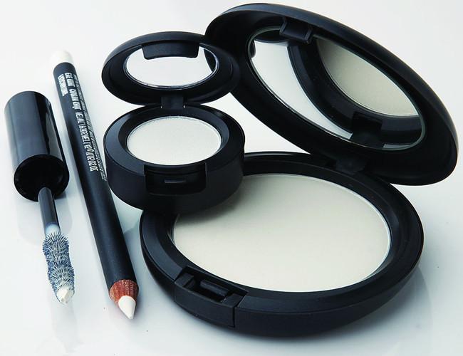 彩妆消费迅速崛起 2019年全年全国化妆品零售额将超2700亿元