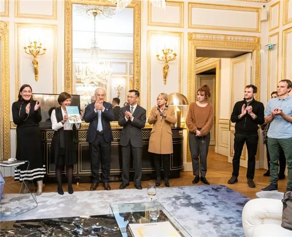 """2020""""艺术8""""法国青年艺术家奖在位于巴黎旺多姆广场的宝诗龙之家颁奖"""