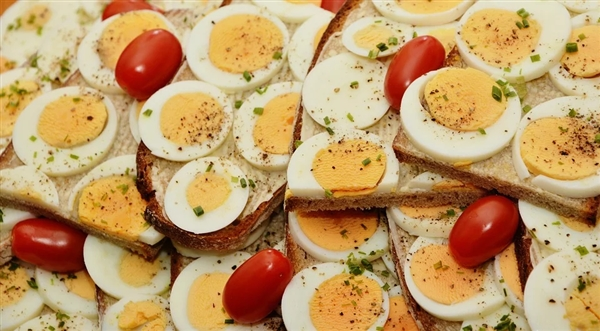 一天吃几个鸡蛋健康?