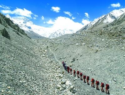 2020珠峰高程测量登顶行动开启 这将是我国专业测绘人员首次登顶珠峰测高